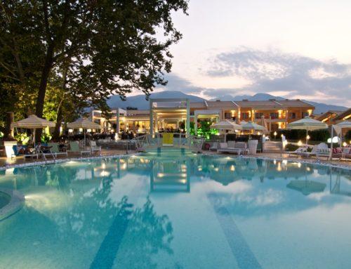 Κατασκευές σκίασης στο ξενοδοχείο Litohoro Olympus Resort Villas & Spa